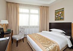 アライアンス グリーンウッド ホテル - モスクワ - 寝室