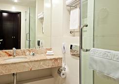 アライアンス グリーンウッド ホテル - モスクワ - 浴室