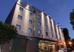 ホテル ドウロ - ポルト - 建物