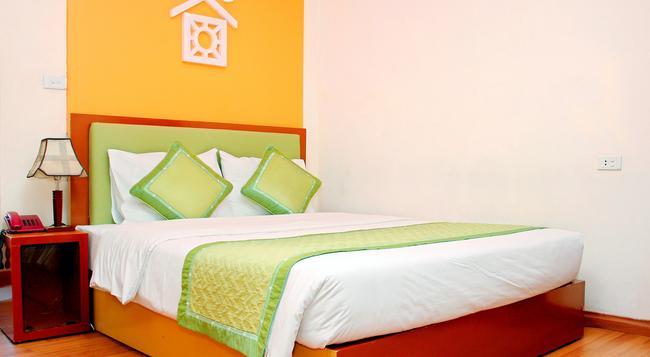 Van Mieu Hotel - ハノイ - 寝室