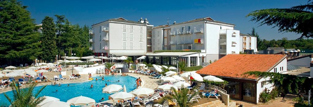 ヴァラマール ピニア ホテル オール インクルーシブ ライト - Poreč - 建物
