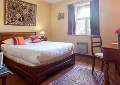 Qualys-Hotel Auberge du Manet - Montigny-le-Bretonneux - 寝室