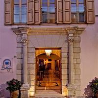 Bellagio Boutique Hotel Entrance