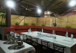 Hotel Indraprastha - ニューデリー - レストラン