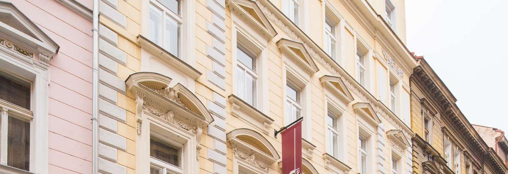 シティ ラウンジ ホテル - プラハ - 建物