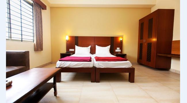 Hotel Janpath - バンガロール - 寝室