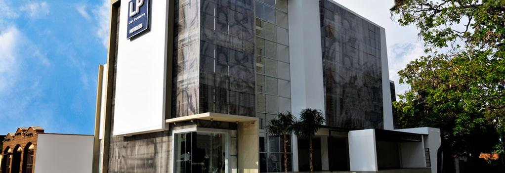 Hotel LP Santa Cruz - Santa Cruz de la Sierra - 建物