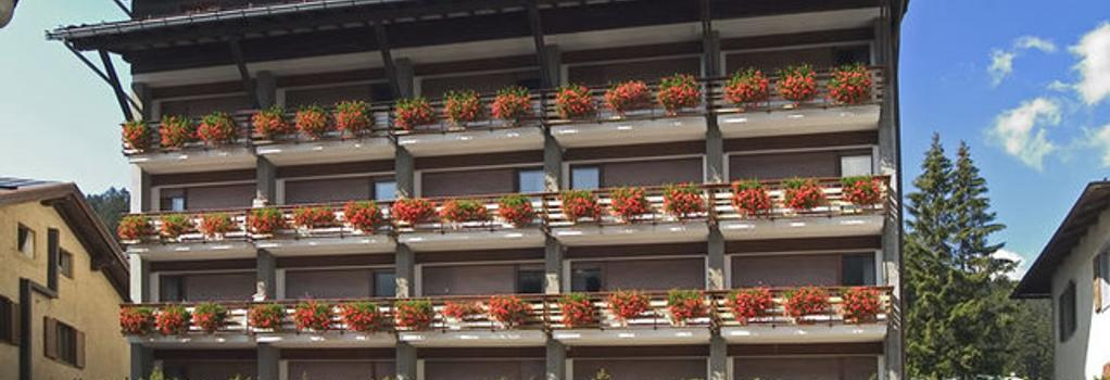 Hotel Milano - Madonna di Campiglio - 建物