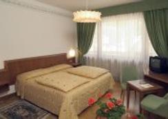 Hotel Milano - Madonna di Campiglio - 寝室