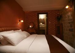 アート ホテル ガラシア - コトル - 寝室