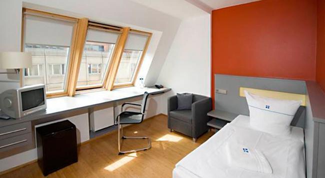 ディートリッヒ ボンヘッファー ホテル ベルリン ミッテ - ベルリン - 寝室