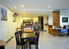 Baan Thara Guesthouse - クラビ - ロビー