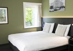 ハンプシャー ホテル パルジット アインホーフェン - アイントホーフェン - 寝室