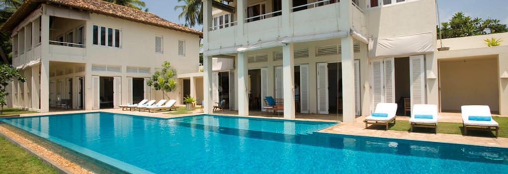 Sri Villas - ベントータ - 建物