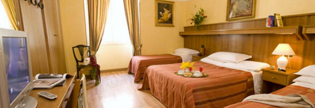 ホテル アルタヴィッラ - ローマ - 寝室