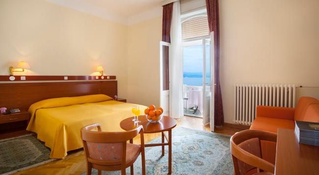 Smart Selection Hotel Belvedere - オパティヤ - 寝室