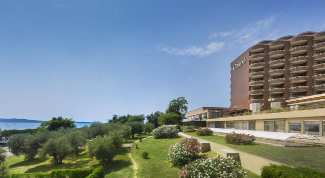 Remisens Premium Hotel Metropol - Portoroz - 建物