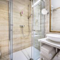 Remisens Hotel Palace Bellevue Bathroom