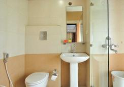Fabhotel Majestica Inn Hitech City - ハイデラバード - 浴室