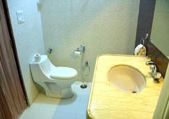 Fabhotel Epic C Scheme - ジャイプール - 浴室