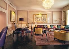 ベルモンド グランド ホテル ヨーロッパ - サンクトペテルブルク - 寝室