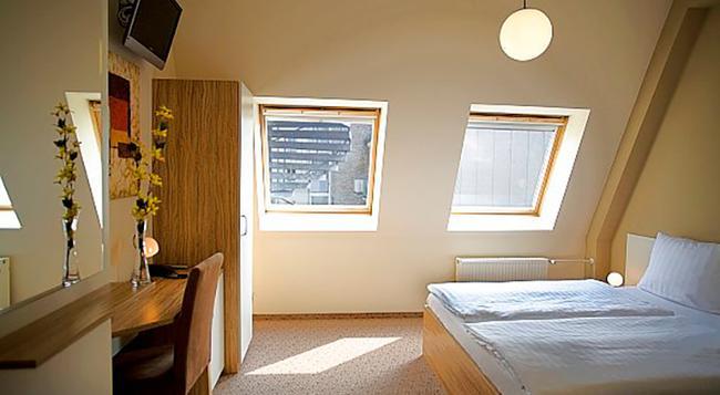 ヌ ホテル ベルリン - ベルリン - 寝室