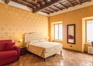 ホテル アポロ