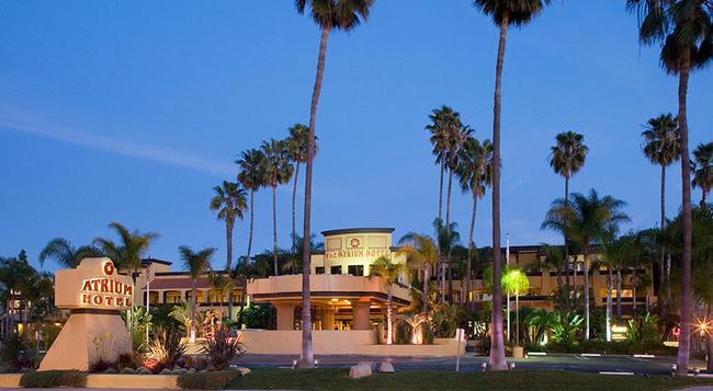 Atrium Hotel at Orange County Airport - アーバイン - 建物