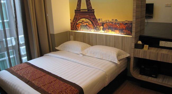 Dreamz Paradise Hotel - マラッカ - 寝室