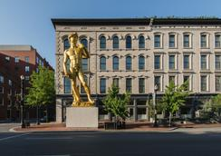 21c Museum Hotel Louisville - ルイスビル - 建物