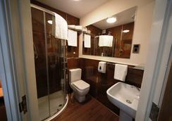 ル ヴィル ホテル - マンチェスター - 浴室