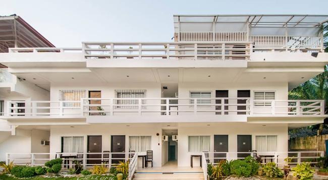 ザ ビーチ ハウス ボラカイ - Malay - 建物