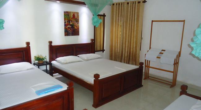 White Guest - Anuradhapura - 寝室
