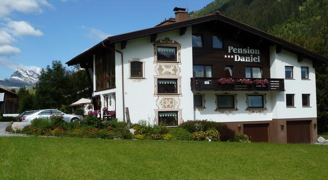 Pension Daniel - レッヒ - 建物
