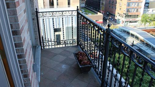 ブルー ムーン ブティック ホテル - ニューヨーク - バルコニー
