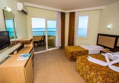 Kleopatra Beach Hotel - アランヤ - 寝室