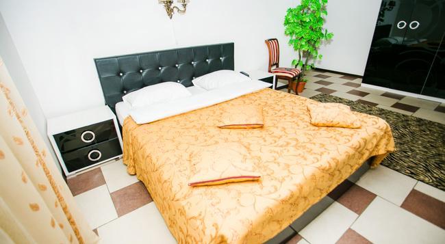 Frant Hotel on Zhukova - ヴォルゴグラード - 寝室