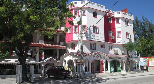 Seven Stars Hotel - Port Au Prince - 建物