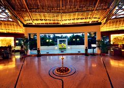 Vedic Village Spa Resort - コルカタ - ロビー