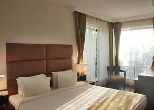 ホテル メトロポール