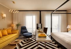 Brown Beach House by Brown Hotels - テル・アビブ - 寝室