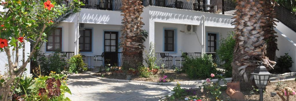 Jarra Hotel - グムベット - 建物