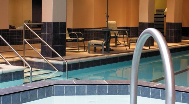 ロード エルギン ホテル - オタワ - プール