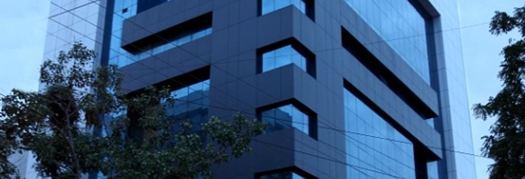 Hotel Classique - Rajkot - 建物
