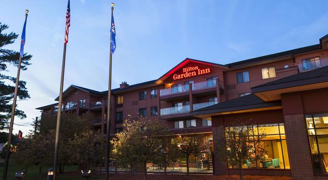 Hilton Garden Inn Wisconsin Dells - Wisconsin Dells - 建物