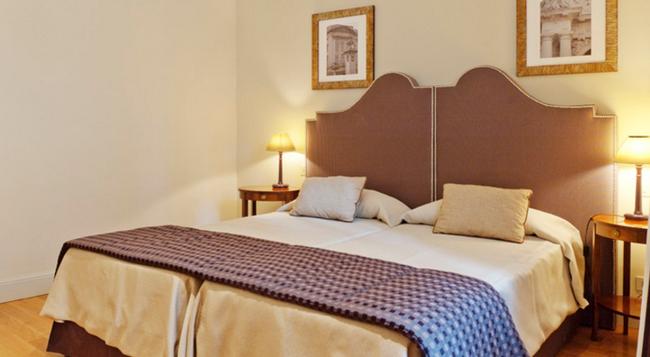 ホテル コルティナ - ローマ - 寝室