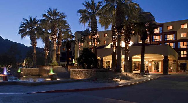 ルネッサンス パーム スプリングス ホテル - Palm Springs - 建物