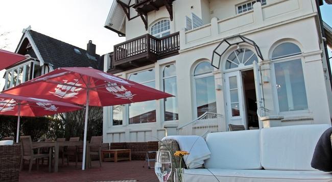 Hotel Lieblingsplatz meine Strandperle - リューベック - 建物