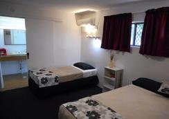 Siesta Villa Motor Inn - Gladstone - 寝室