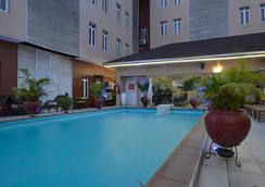 Palazzo Dumont Hotel - Lagos - プール